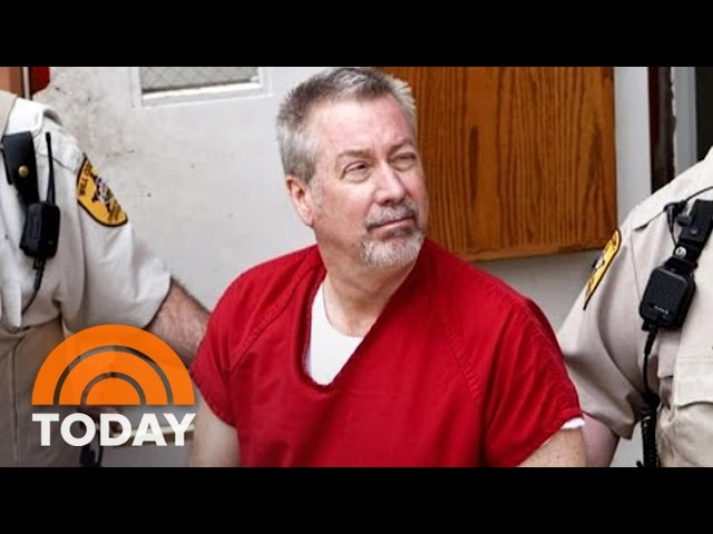 Drew Peterson escorted by guards